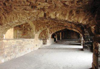 Golconda-Fort-Inside